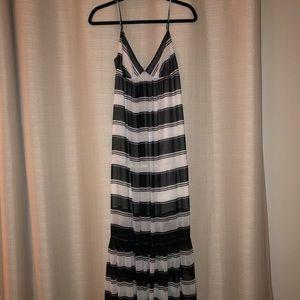Bebe babydoll maxi dress